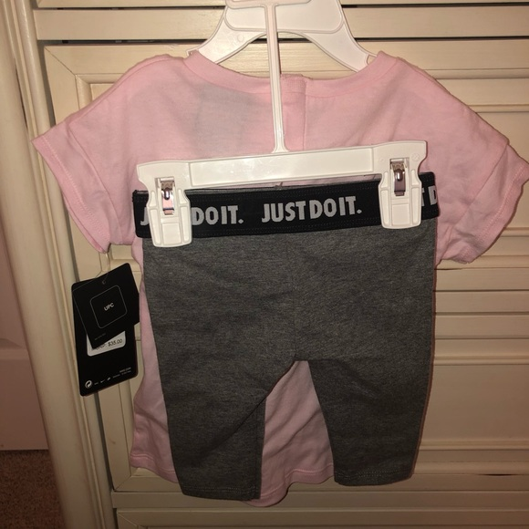 6a958b79 9 month old baby girl clothes, never worn! NWT